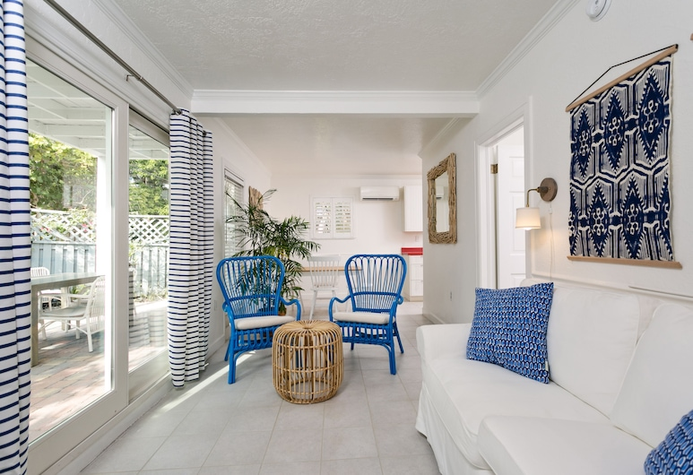Inn on the Beach, St. Pete Beach, Apartment, 1 Schlafzimmer (Corraline), Wohnbereich
