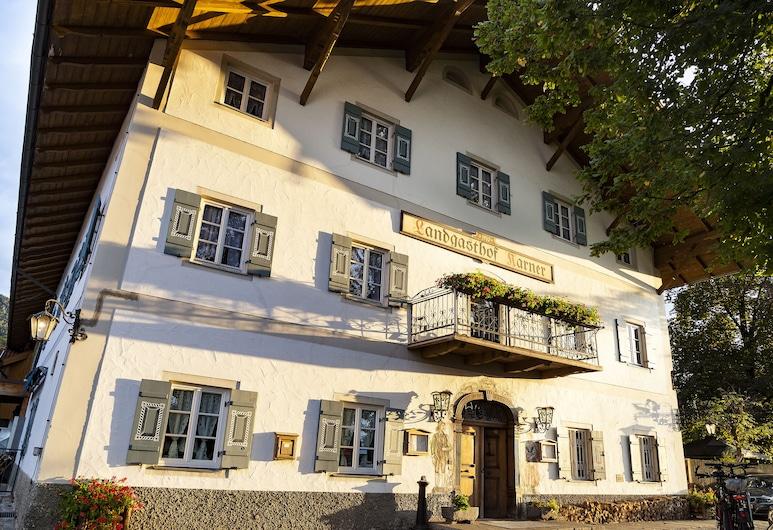卡爾納酒店及餐廳, 夫拉斯朵夫