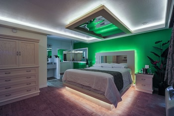 Picture of Romantic Inn & Suites in Dallas