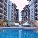 Crystal Palace Hotel, Pattaya (and vicinity)