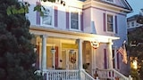 Reserve this hotel in Waynesboro, Virginia