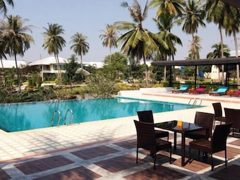A(z) Suwan Driving Range and Resort hotel fényképe itt: Si Racha