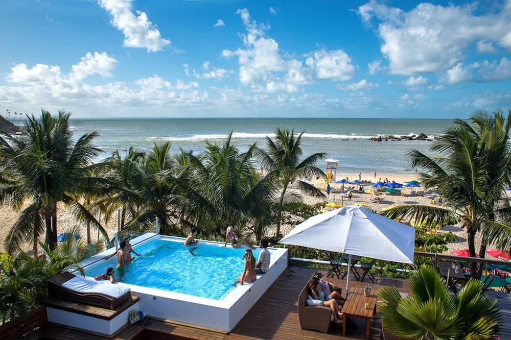 Sambass lounge beach cafe & Pousada