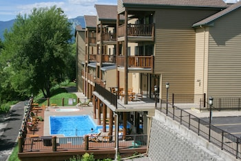 Picture of Pine Lodge in Whitefish