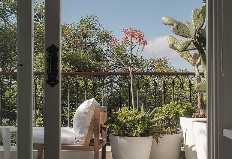 Charco Hotel, Colonia del Sacramento, Double Premium, Balcony, Living Area