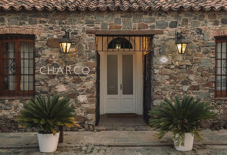 Charco Hotel, Kolonia del Sakramentas
