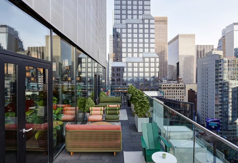 citizenM New York Times Square, Nowy Jork, Bar hotelowy