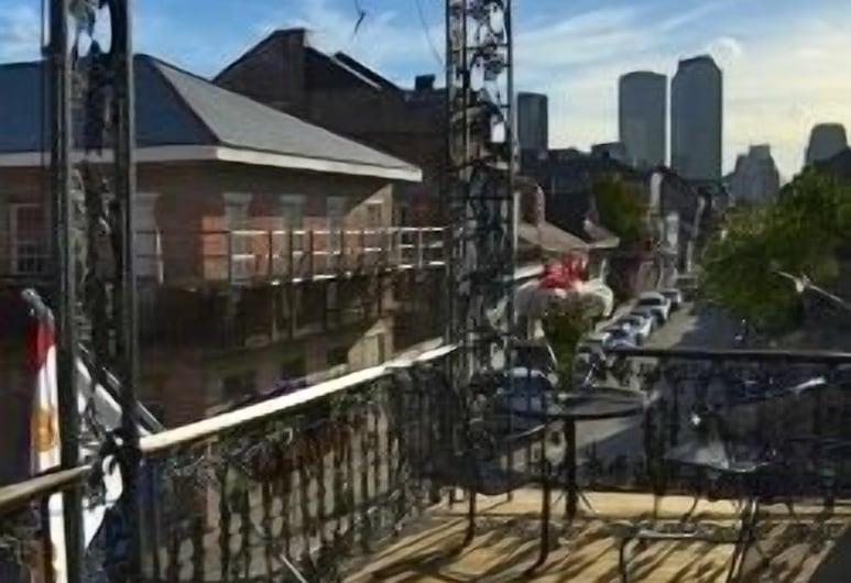 Lafitte Hotel & Bar, New Orleans, Terasa
