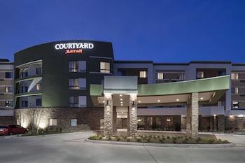 Picture of Courtyard Houston North/Shenandoah in Shenandoah