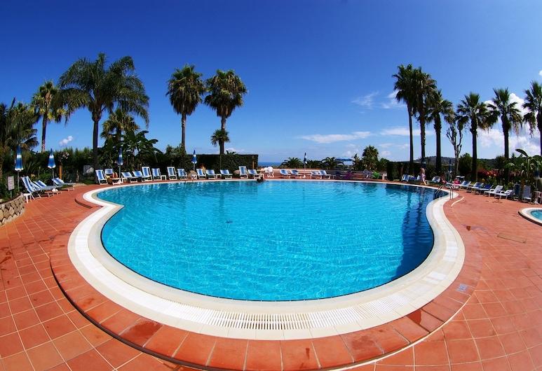 Hotel Residence Costa Azzurra, Ricadi, Välibassein