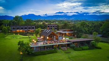 Enter your dates to get the Pai hotel deal