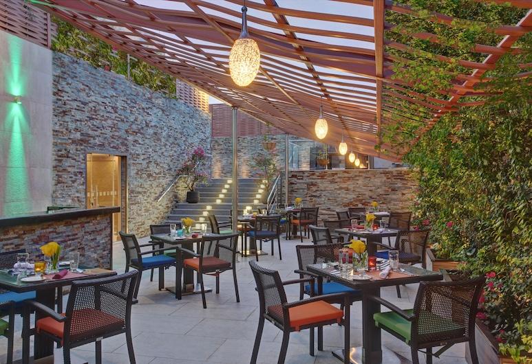 Holiday Inn Jeddah Gateway, Djiddah, Terrasse/Patio