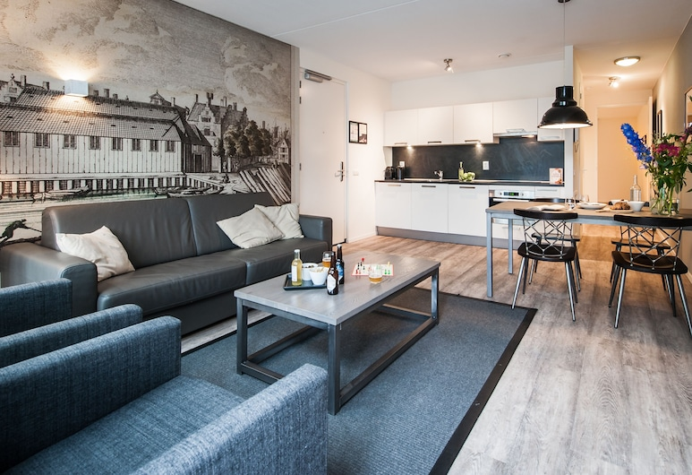 Yays Bickersgracht Concierged Boutique Apartments, Amsterdam, Apartment, 1 Bedroom, Canal View, Living Area