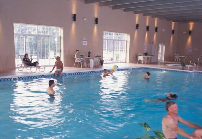 Grand Crowne Resort by Capital Vacations, Branson, Indoor Pool