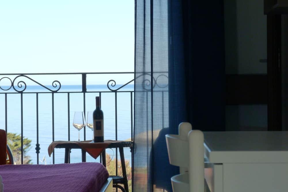 Tek Büyük Yataklı Oda, Balkon, Deniz Manzaralı - Oda