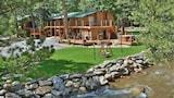 Choose This Cheap Hotel in Estes Park