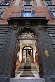 Picture of San Pietro Boutique Rooms in Rome