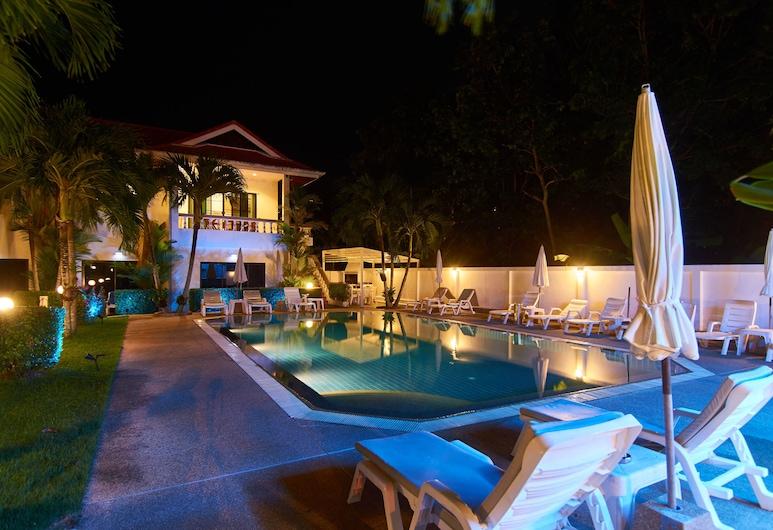 普吉島海濱別墅飯店, 拉威, 住宿正面 - 夜景