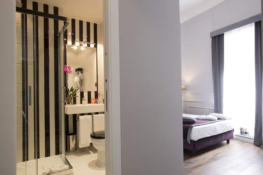 Phòng Deluxe, 1 giường đôi, Quang cảnh thành phố - Phòng tắm