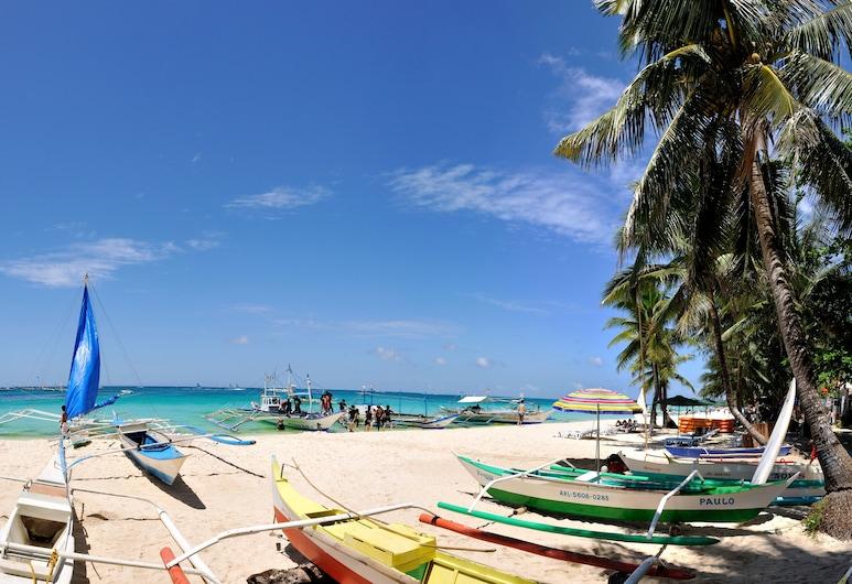 DiveGurus Boracay Beach Resort, Boracay Island, Beach
