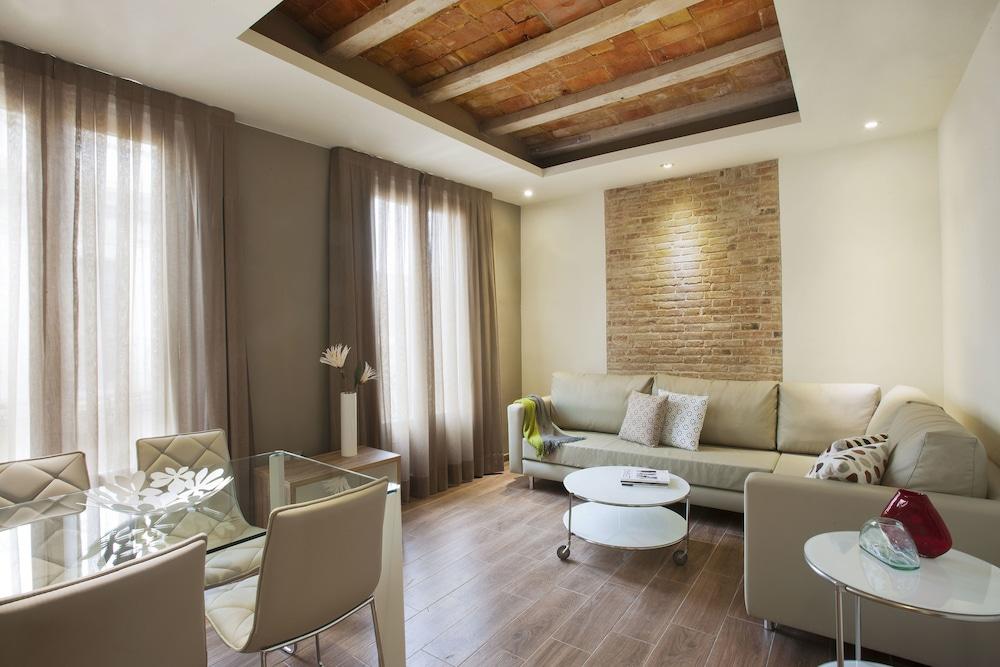 Milà Apartamentos Barcelona, Barcelona