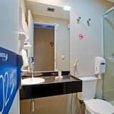 Cabin, Shared Bathroom (domestic arrivals) - Bathroom