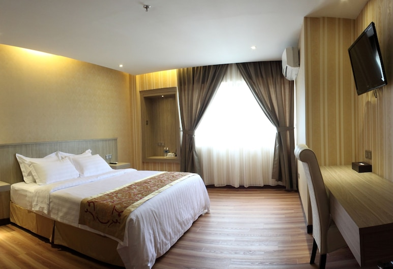 Mandarin Hotel, Kota Kinabalu, Standard Queen Room with Window (Includes Hotel To Airport Transfer), Guest Room