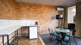 Choose This Business Hotel in Noosaville -  - Online Room Reservations