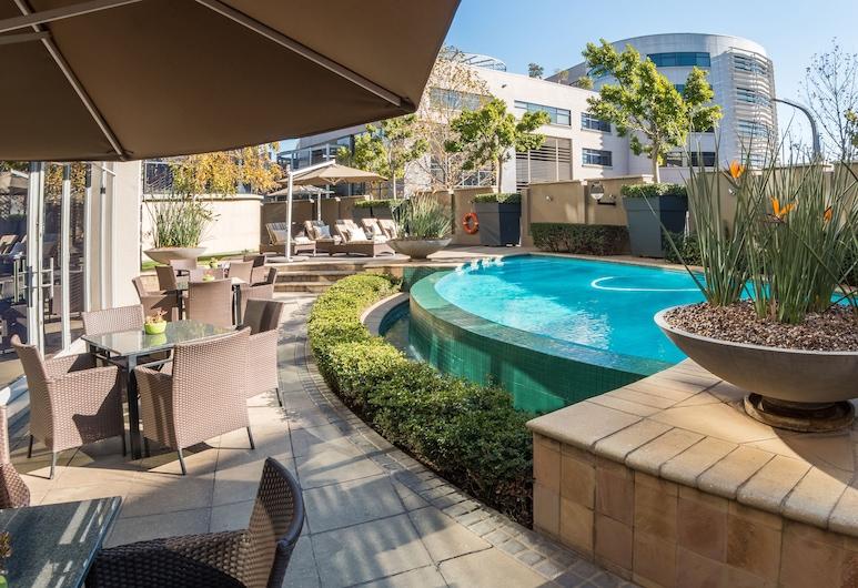 City Lodge Hotel Lynnwood, Pretoria, Alberca al aire libre