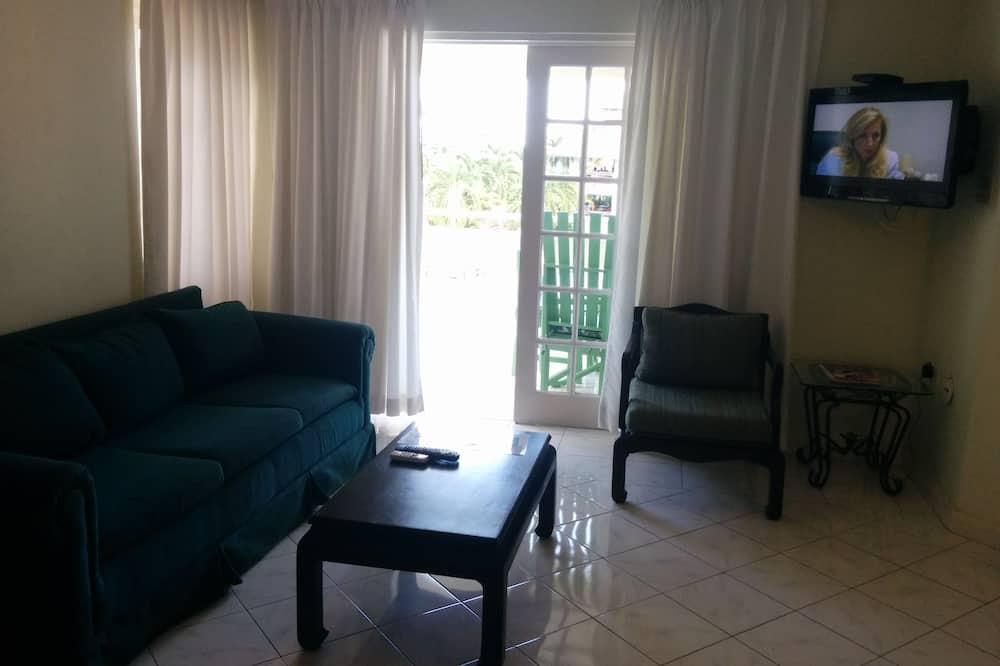 Premier Suite, 1 Bedroom, Refrigerator & Microwave, Resort View - Living Area