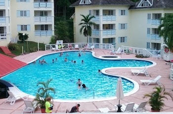 Slika: Condos At The Ridge ‒ Ocho Rios