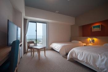תמונה של Hotel Rising Sun Miyakojima בהאי מיאקו