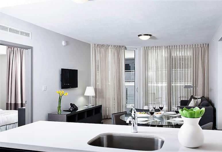 Stay Alfred Brickell, Miami, Standard Apartment, 3 Bedrooms, Living Area