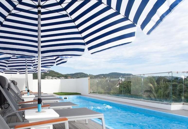 더 블루 펄 카타 호텔, 카론, 일광욕 테라스