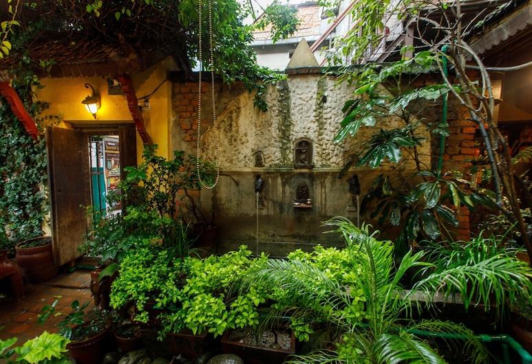アンバサダー ガーデン ホーム, カトマンズ, 庭園