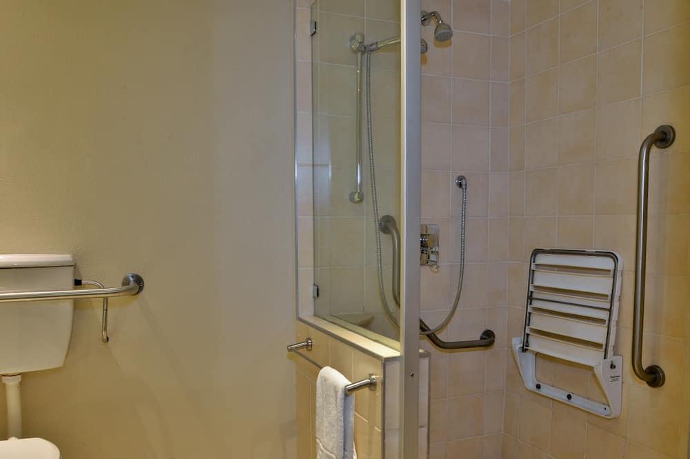 Twin Room, Accessible, Non Smoking - Bathroom