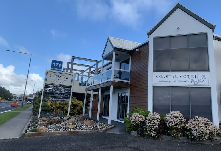Coastal 汽車旅館, 阿波羅灣