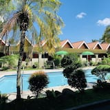 Royal Deluxe Room - Outdoor Pool