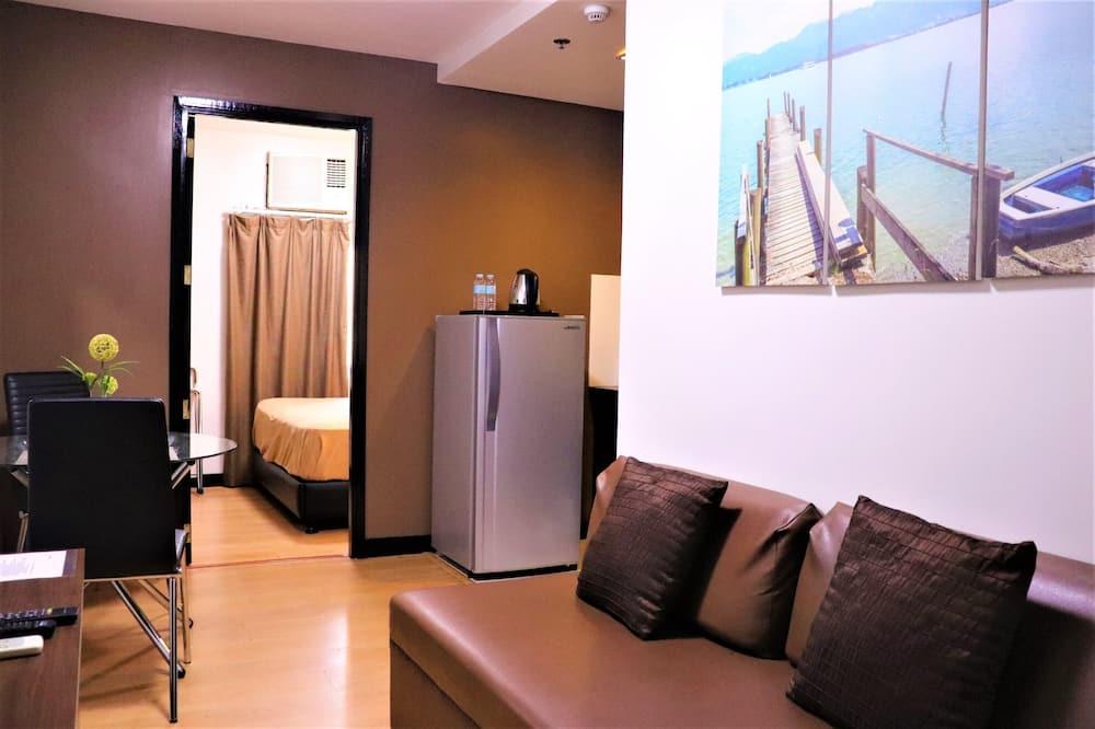 Junior Suite, 1 Bedroom - Living Room