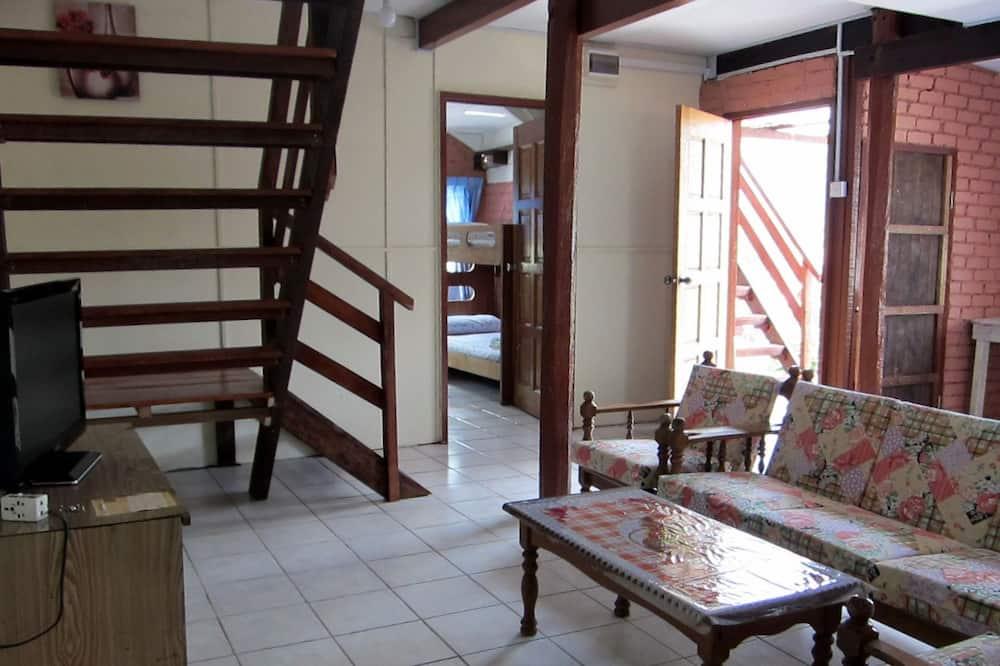 平房, 2 間臥室 (Willies-2 Single, 2 Queen, 3 bunk bed) - 客廳
