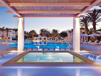 Fotografia do CARAMEL Grecotel Boutique Resort em Retimno