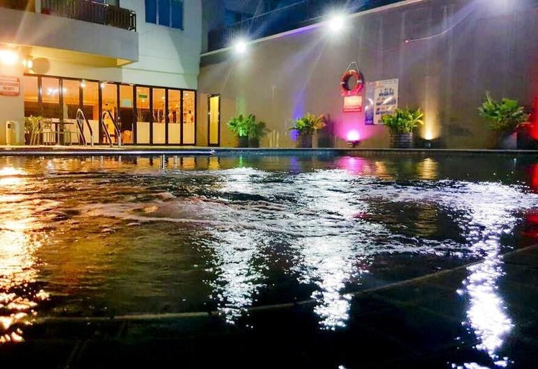 Tower Regency Hotel & Apartments, Ipoh, Kültéri medence