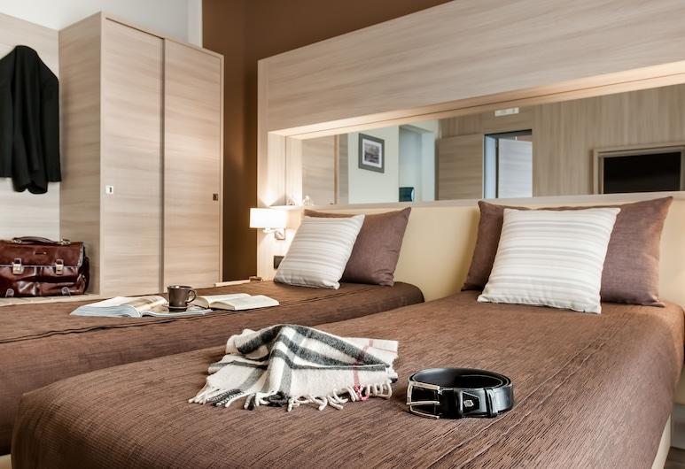 Hotel Trapani In, Trapani, Habitación triple, Habitación