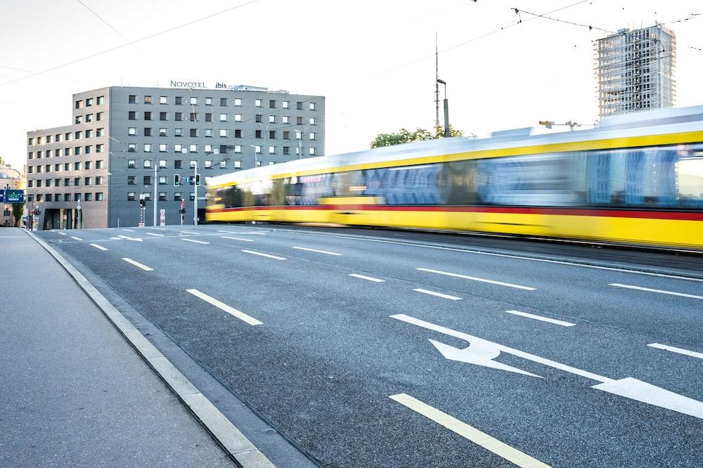 Twin Room (Next) - Street View