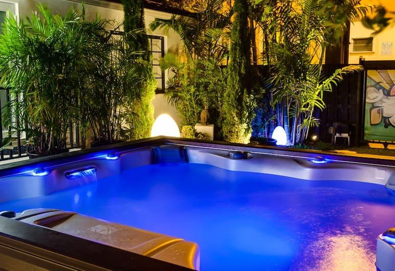 邁阿密南海灘酒吧民宿精品酒店, 邁阿密海灘, 室外泳池