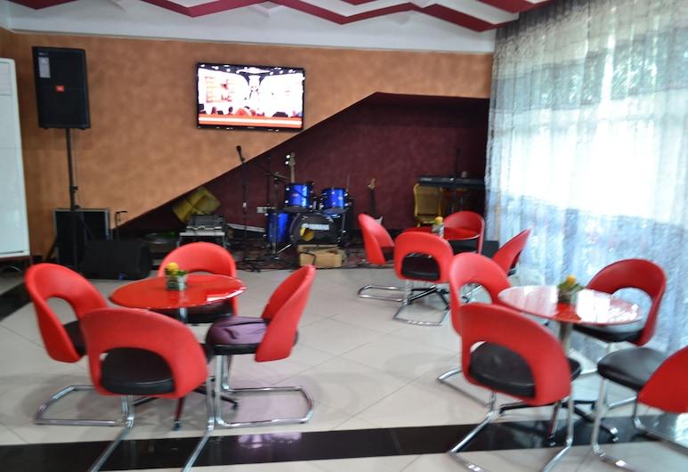 DK Hotel, Bonaberi, Hotel Bar