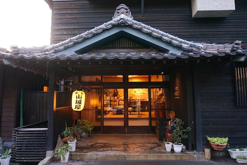 Yamashiroya/