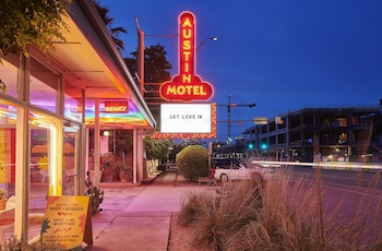 Picture of Austin Motel in Austin