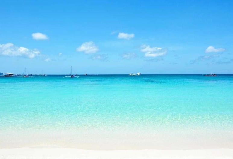 그린야드 인, Boracay Island, 해변