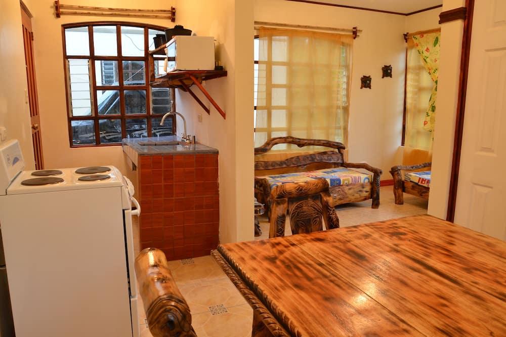 Departamento, 1 habitación, cocina, vista al jardín - Servicio de comidas en la habitación